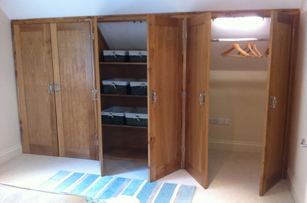 Private House, Windermere - Wardrobe