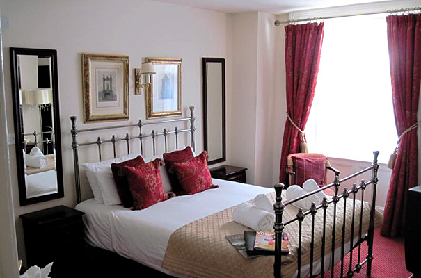 The George Hotel - Bedroom 2