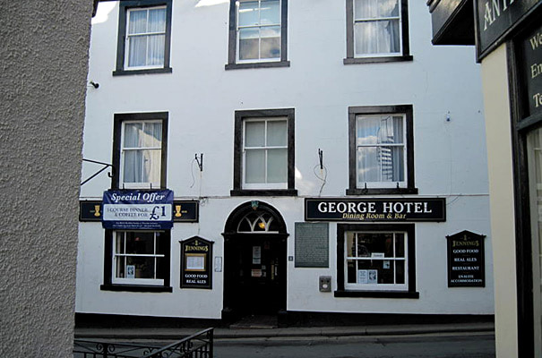 The George Hotel - Exterior