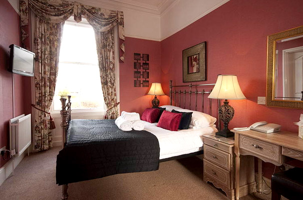 Highfield Hotel - Bedroom 9