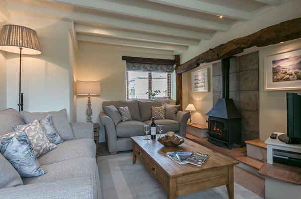 Acorn Cottage – Heart of the Lakes