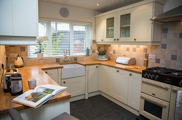 Holiday Cottage, Keswick - Kitchen